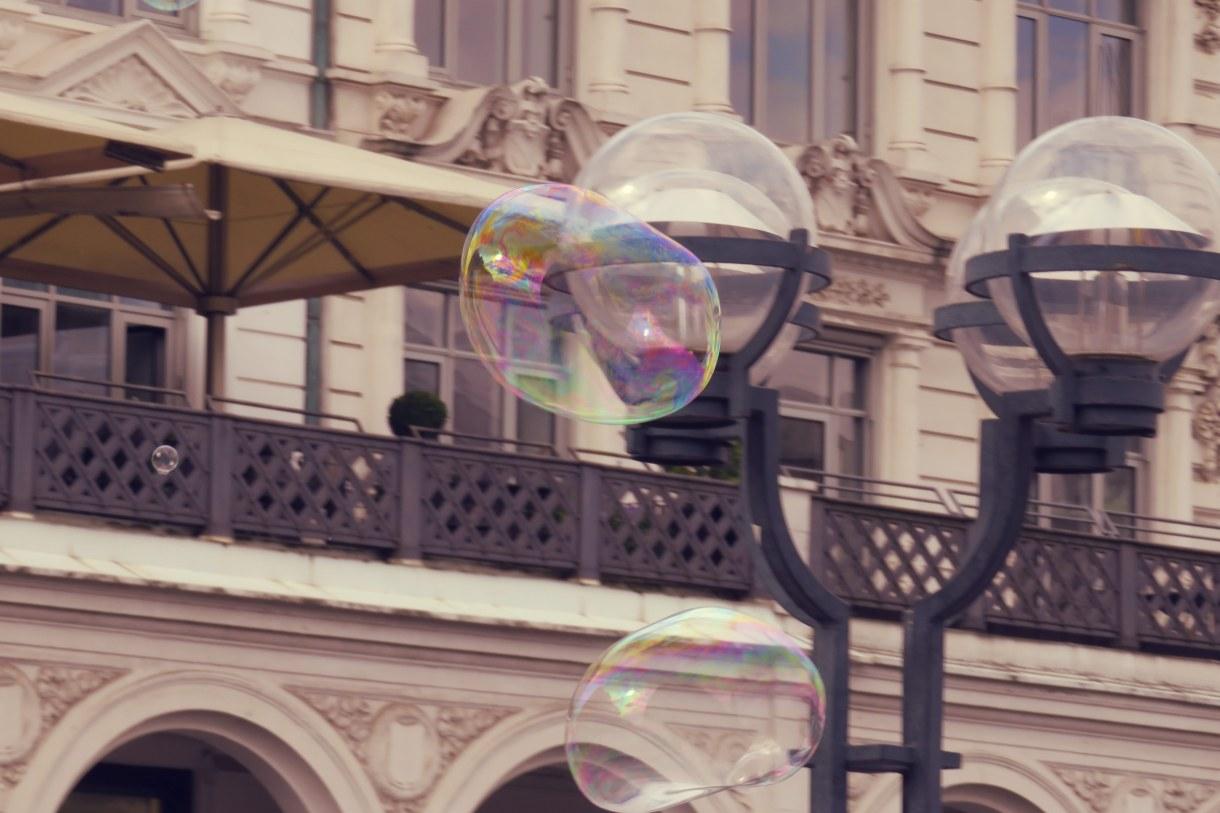Demokratie-Seifenblasen